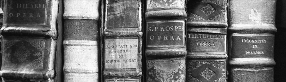 books_black en white